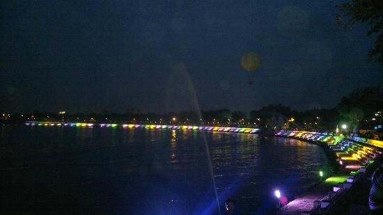 Kankaria Lake: Night view with fountains and Balloon in the backdrop