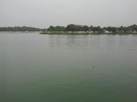 Kankaria Lake: Lake view