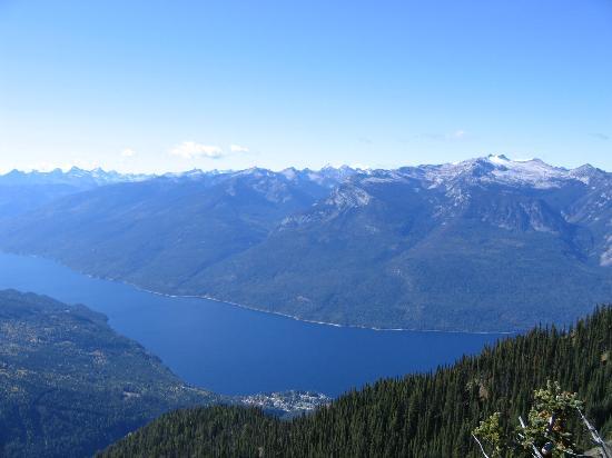 Mountain Trek Fitness Retreat & Health Spa: Summer hike