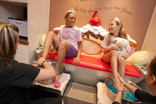 Great Wolf Lodge: Scooops Kid Spa