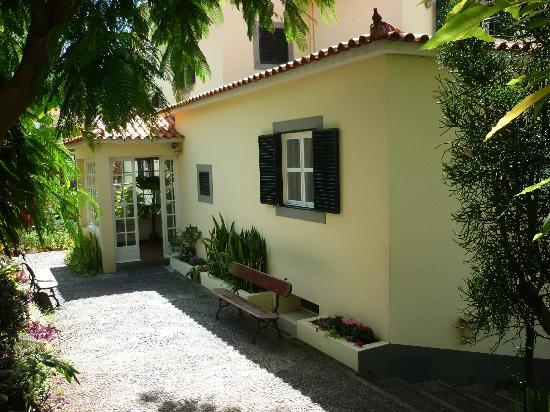 Vila Vicencia: Main Block Entrance