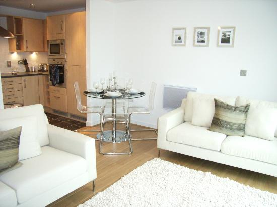 A Space in the City - Swansea: Living Room