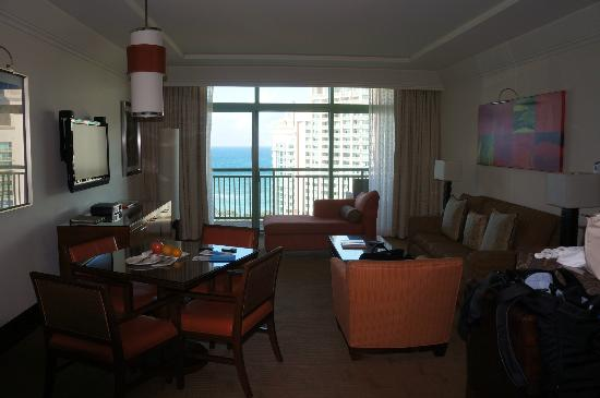 The Reef Atlantis, Autograph Collection: Living Room of Suite