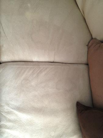 Hotel Blake Chicago: Sofa stains