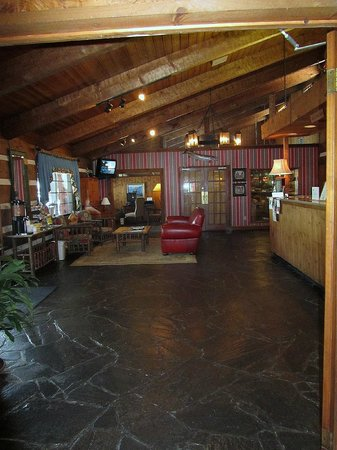 Great Smokies Inn: Lobby