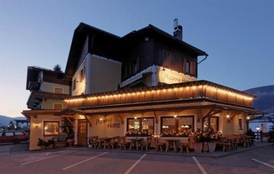 Hans Pizzeria Restaurant