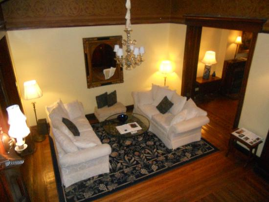 Morgan State House: Living Area