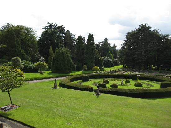 Lilleshall National Sports and Conferencing Centre: Lilleshalls beautiful garden