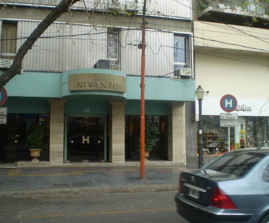 Photo of Hotel Niventus Mendoza