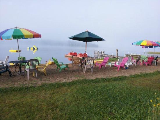 Royal Starr Resort: Foggy Morning