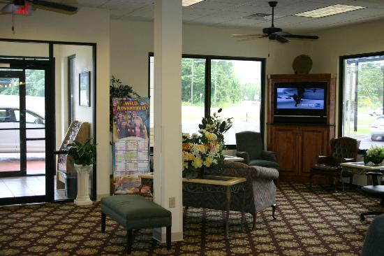 Days Inn Valdosta/Near Valdosta Mall: New Lobby