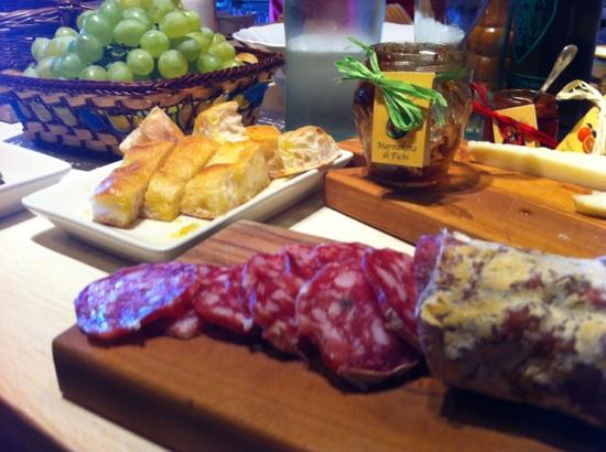 La Cucina di Giuseppina - Italian Cooking School: mmmm salami