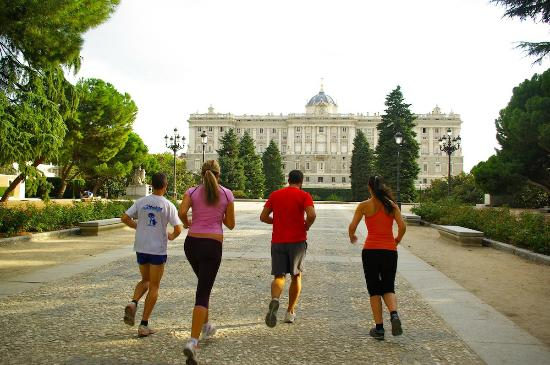 Madrid Outdoor Sports: Satisfaction after having complete a culture packed, sportive route!