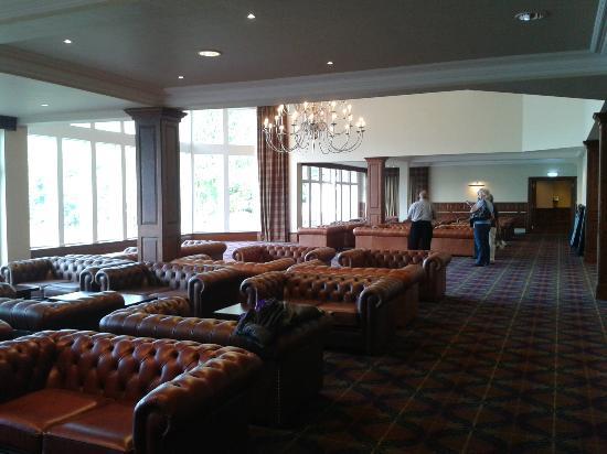 Ardgartan Hotel: Entrance lounge