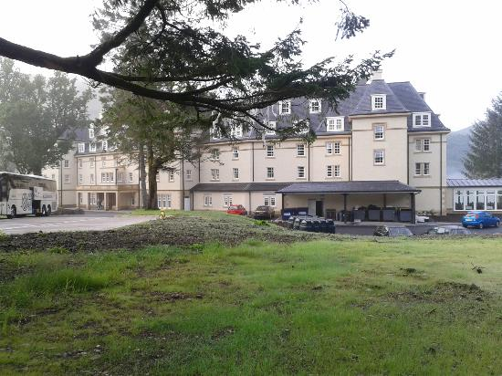 Ardgartan Hotel: view of rear of hotel