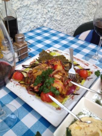 Restaurante Poseidon: octopus starter