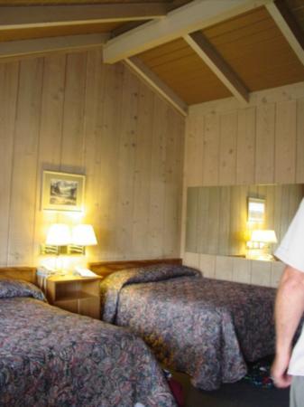 Big Pine Motel: Planes, Traines, & Automobiles