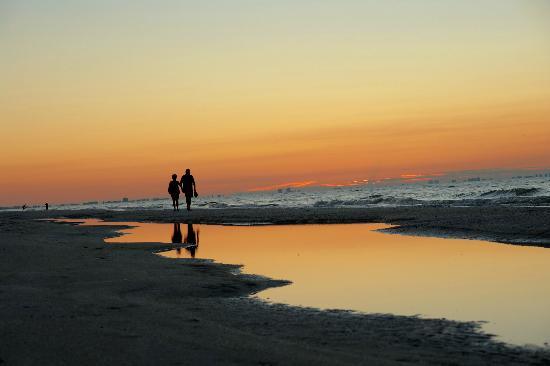 Ocean's Reach Condominiums: Sunrise at Ocean's Reach on Sanibel Island