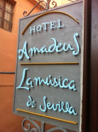 Hotel Amadeus: Easy to spot once you find the street