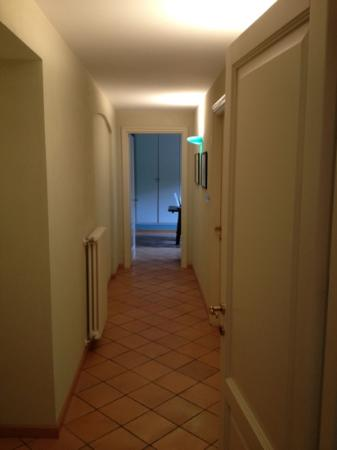 La Giribaldina: corridoio 