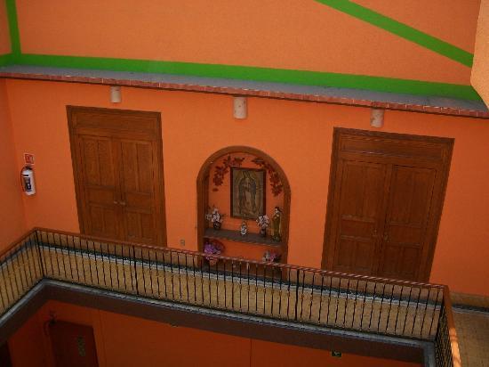 Hotel Rioja: muy hermosa la virgencita