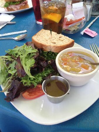 Blue Goose Cafe: Soup, salad and half sandwich