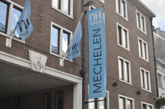 NH Mechelen: Fachada