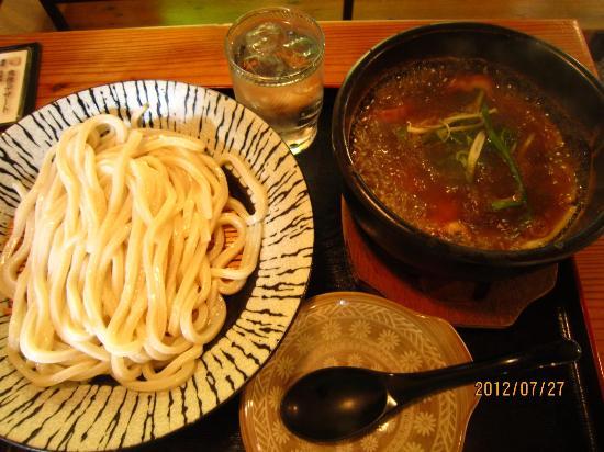 Hakkengura Kobe : 石焼海鮮あんかけうどん(冷)