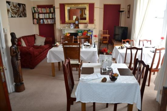 Kelston Guest House: Kelston Breakfast Room