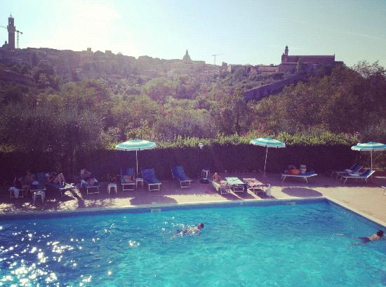 Hotel Il Giardino di SIENA: Hotellets pool