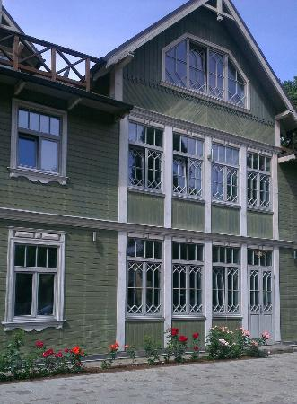 Jurmala Holidays: Our house- typical wooden architecture example