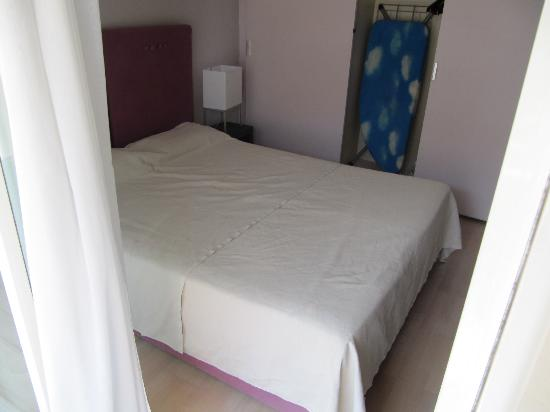 Neotelia Pavillon Bel Air : letto