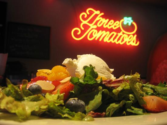 Three Tomatoes Trattoria: A summer salad special