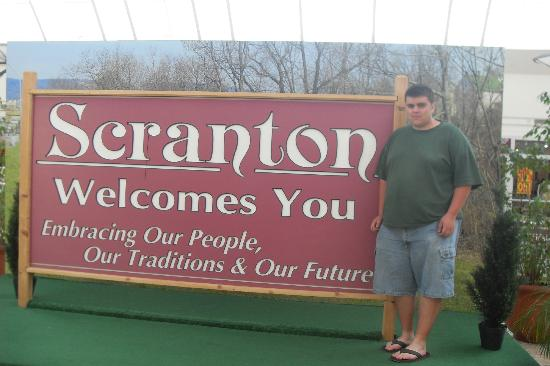 The Marketplace at Steamtown: The Welcome to Scranton Sign