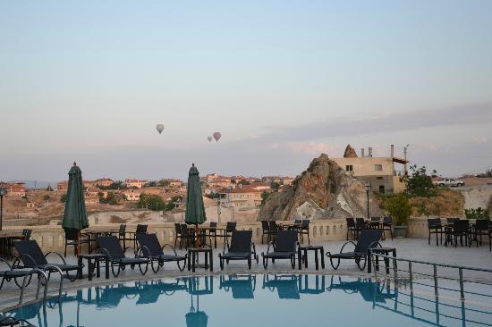 Burcu Kaya Hotel: Mongolfiere all'alba!!