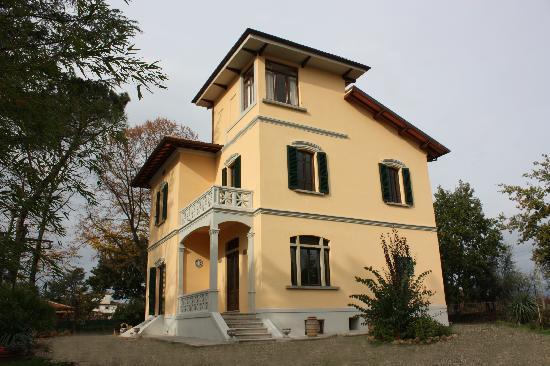 Villa Merelli: Ingresso