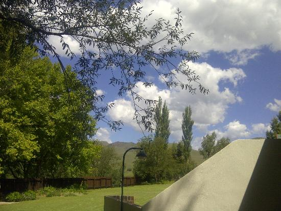 Bushmans Nek Berg & Trout Resort: View from our patio