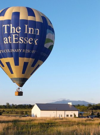 Above Reality Inc. Hot Air Balloon Rides: coming in for smooth landing