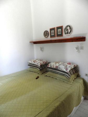 Palemilos Apartments: Bed room number 6