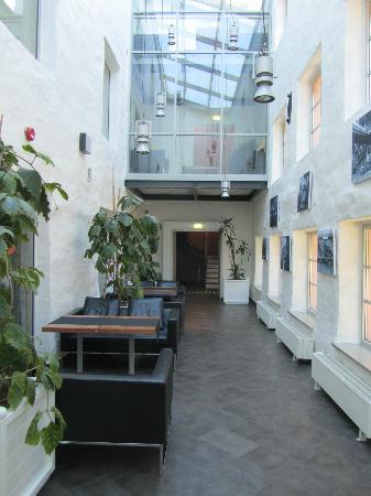 Hestia Hotel Ilmarine: Interior hallway
