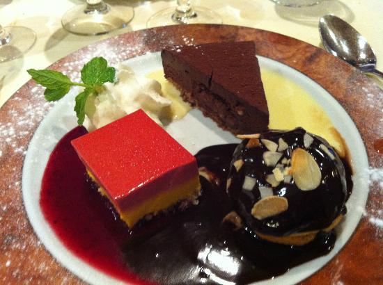restaurant bistrot de la porte doree dans avec cuisine fran 231 aise restoranking fr