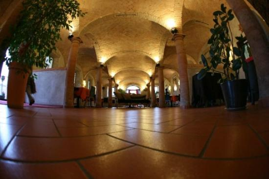 Sant'Ilario d'Enza, Italy: La ostra sala interna