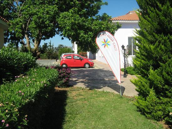 Akamanthea Holiday Village: Akamanthea