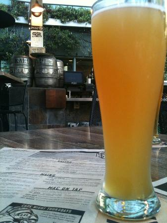 Karl Strauss Brewing Company: Windansea Wheat on the patio
