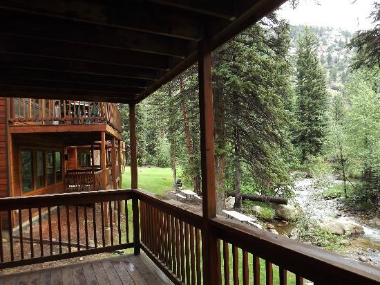 إستيس بارك كوندوز: View from deck 