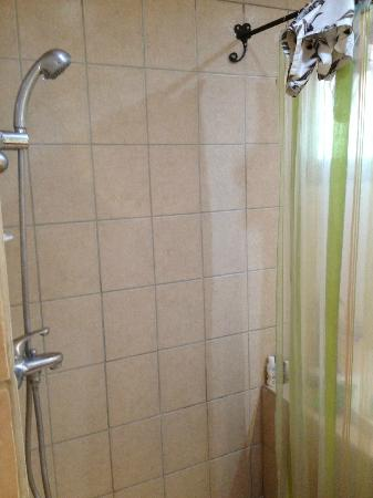 Condovac la Costa: Upstairs shower