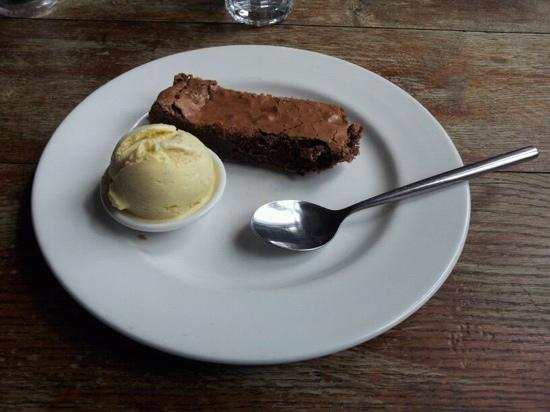 Helen Browning's Royal Oak: gorgeous chocolate brownie with icecream