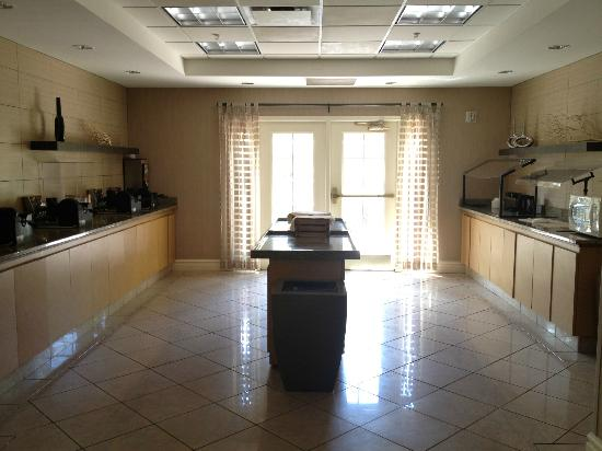La Quinta Inn & Suites Orlando Convention Center: Breakfast room
