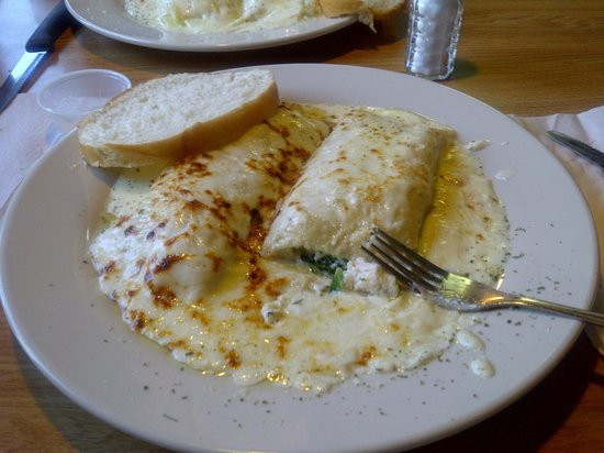 Covalli's Italian Kitchen: Chicken and Spinach Stuffed Manicotti - AWESOME!