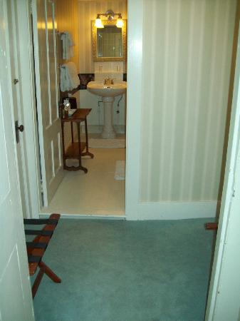 "Blue Hill Inn: Rm 4 bath, looking from bedroom through its little ""dressing room"""